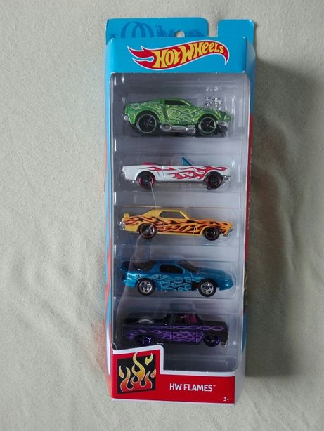 autka resoraki hot wheels nowy