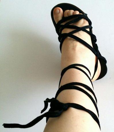 Sapatos sandálias fitas pele pretos tipo gladiador tamanho 34