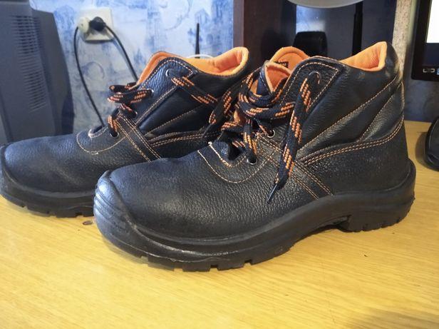 Ботинки мужские!