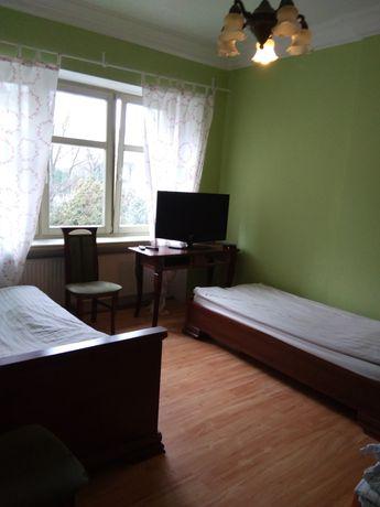 Noclegi, kwatery, mieszkania, domy, pokoje, hostel, motel.
