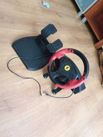 Kierownica Thrustmaster Ferrari Racing Wheel Red Legend PC