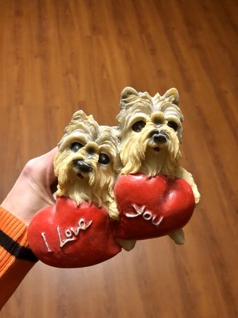 Копилка с сердечками и собаками
