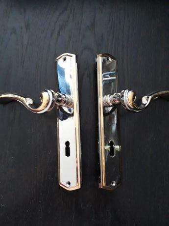 Klamki do drzwi zewnętrznych