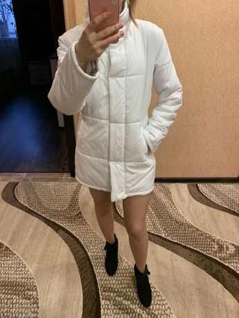 Белая куртка женская осень-весна