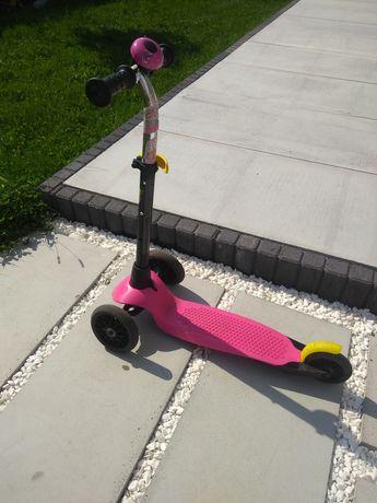 Regulowana hulajnoga 3 kołowa - Decathlon. Kolor różowy + dzwonek.