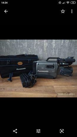 Продам СРОЧНО видеокамеру!!!