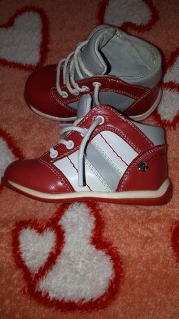 Демисезонные ботинки для девочек Apawwa Польща 20р (13см)