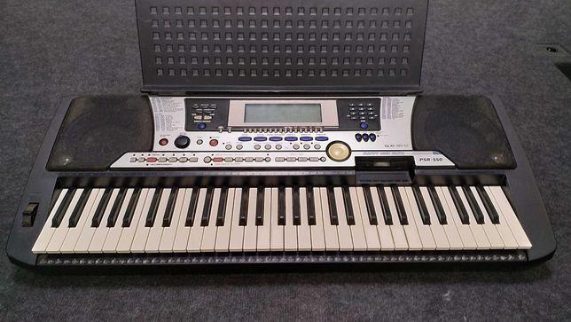 Продам под востановление  клавиши Yamaha psr550 или на запчасти