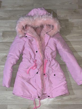 Продам срочно новую зимнюю куртку, парку