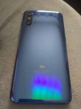 Xiaomi mi 9 azul metalizado