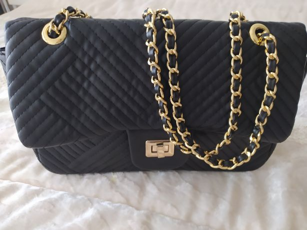 Bolsa preta muito elegante