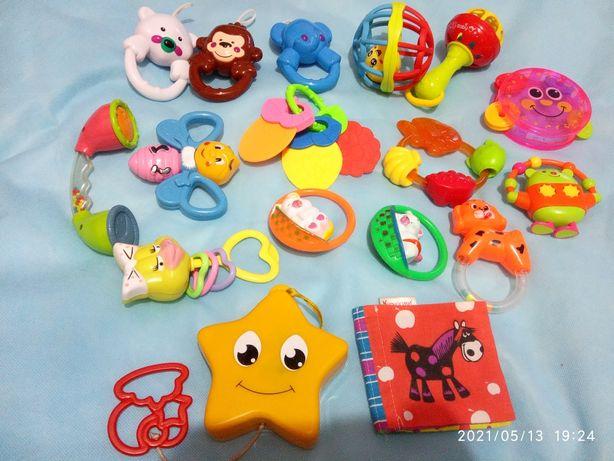 Іграшки погремушки , гризунці