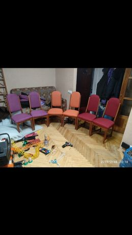 Перетяжка мягкой мебели на дому у заказчика