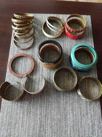 Bransoletki kolorowe