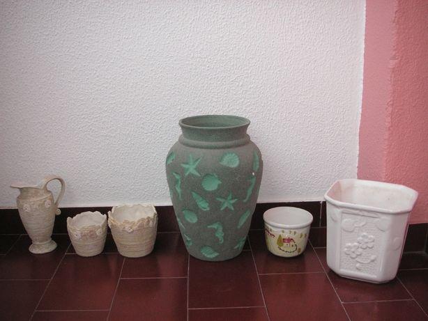 Pote / Floreiras / Vasos e Jarro