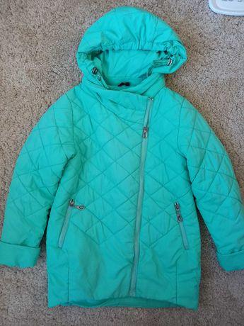 Демисезонная куртка 134-р