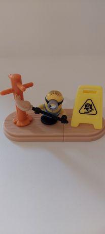 Kinder Maxi minions 2020 Киндер макси миньоны. Большой киндер, игрушка