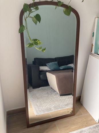 Espelho alto moldura ferro