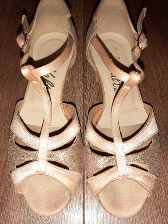 Босоножки( туфли) для бальных танцев 20 см