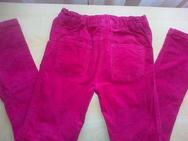 spodnie dla dziewczynki roz. 140- 2 pary