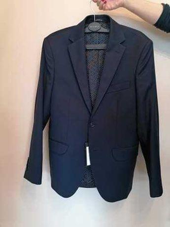 Sprzedam nowy garnitur VISTULA!