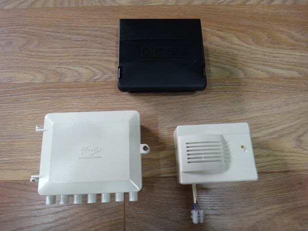 cx.misturadora tv (televés) + Amplificador sinal + Caixa televés 5331