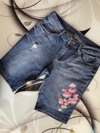 Шорты джинсовые с цветами цветы 46р Yessica