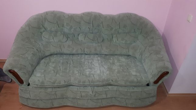 Продам диван на ламелях