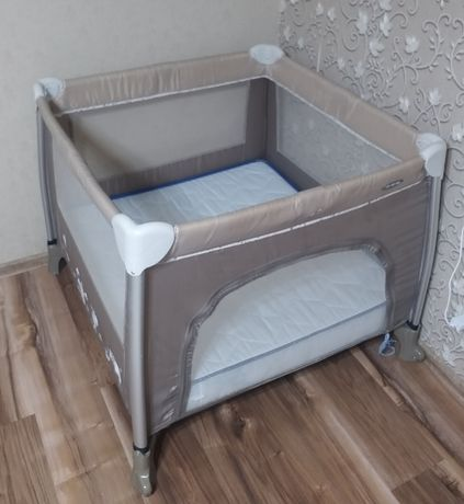 Кроватка манеж + матрас
