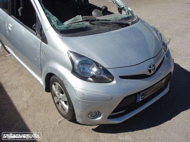 Pecas de mecanica e chapa - Toyota Aygo 1.0 ( 1KR-FE ) 2014