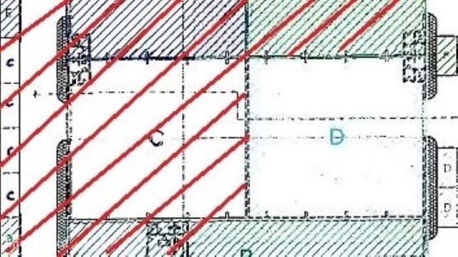 Armazém com 470m2 na Zona Industrial de Taboeira
