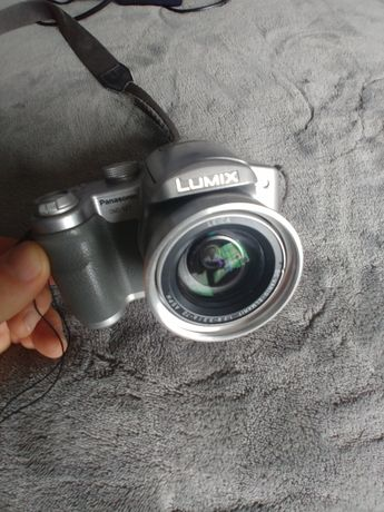 Aparat fotograficzny Panasonic Lumix komplet