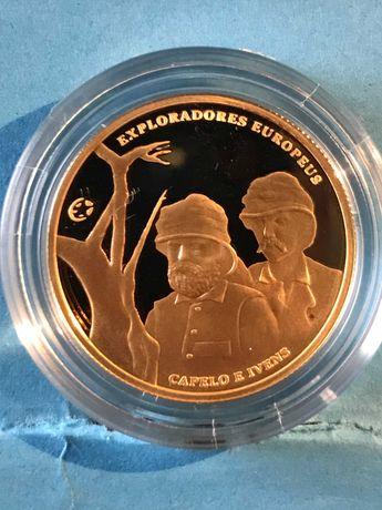 """Moeda de ouro de 2.50€ """"Capelo e  Ivens"""""""