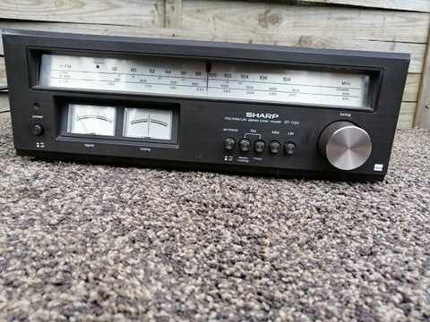 Radio Sharp SM-1122 Vintage Tuner