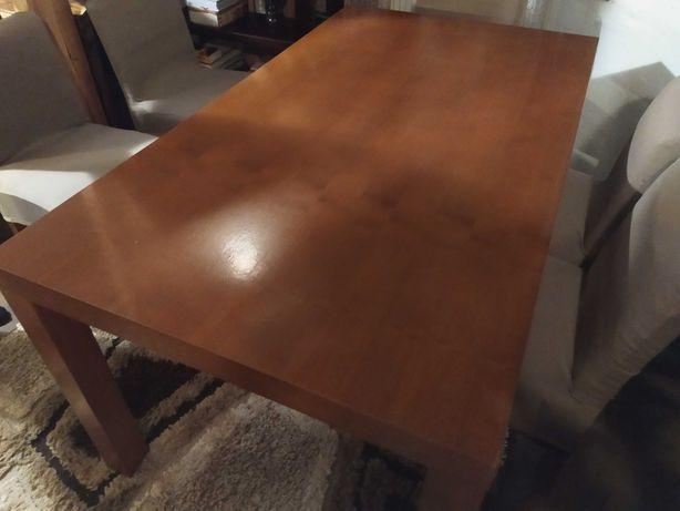 Sprzedam duży brązowy stół