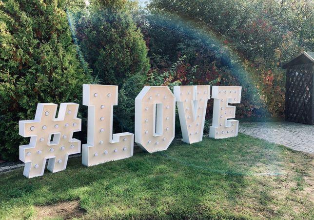 Żarówkowy napis LOVE #wesele #wedding