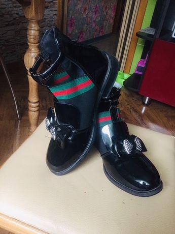 Суперские стильные туфли Gucci