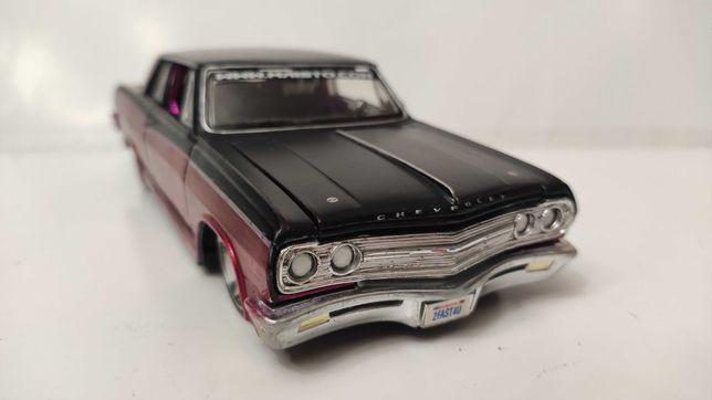 Модель Chevrolet Chevelle  Malibu SS 1965 1.24 Maisto Prordz Red_Black