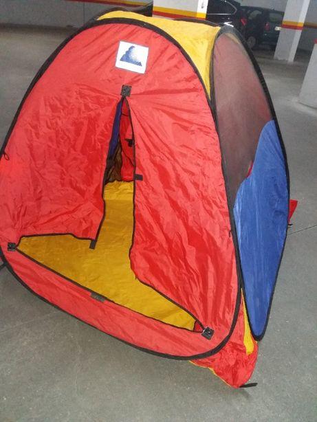 Tenda para criança - usado dentro do quarto