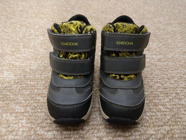 """Дитяче взуття """"Geox"""""""