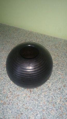 czarny wazon - kula