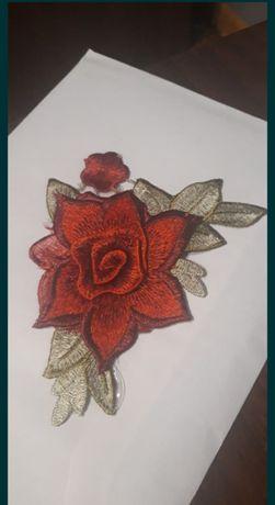 Naszywka róża efekt 3D