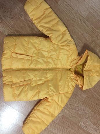 Куртка,курточка для дівчинки