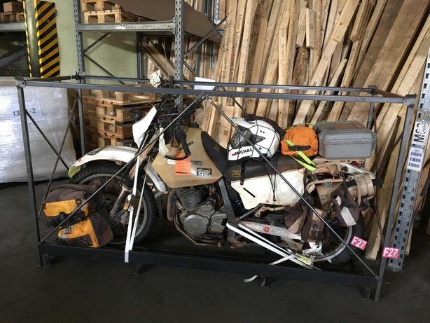 skrzynia metalowa do transportu motocykla