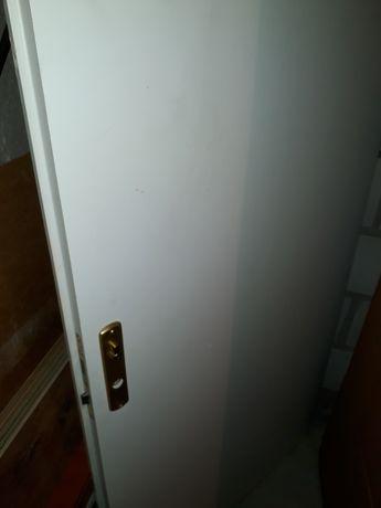 Drzwi wejściowe białe lewe