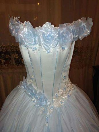 Красивое нежное платье 44-46 р. Выпускное, бальное или  Свадебное