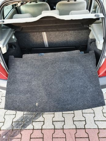Mata bagażnika Renault Clio II 2