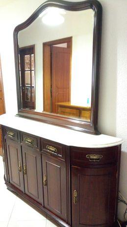 Móvel sapateira madeira e espelho, aparador