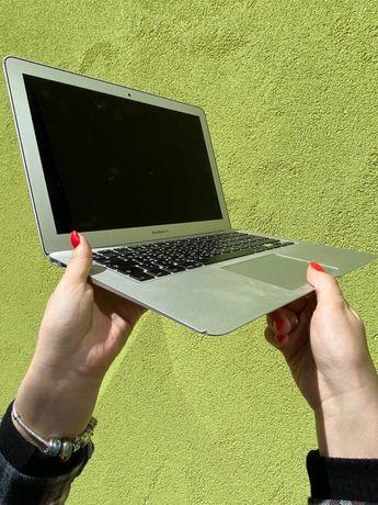 MacBook Air 13' Early 2014, 256Gb, Intel Core i5