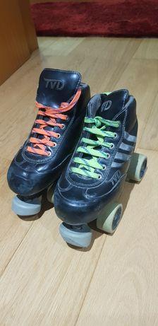 Vendo patins  hóquei